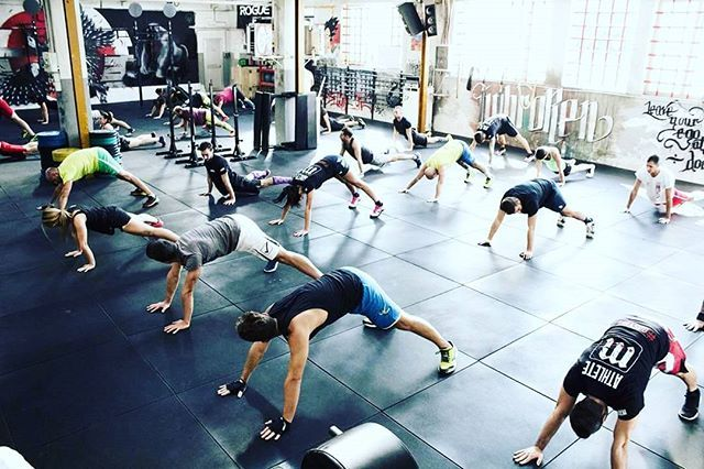 2018.01.19 --------------- TEAM WOD Team 3 Buy-In: 70/50 Cal (Assault Bike or Row) Then For Time: 100 Power Snatch (35/25kg) 100 Box Jump Overs (60/50cm) 100 HSPU 100 Box Jump Overs 100 Power Snatch Then Cash-Out: 70/50 Cal (Assault Bike or Row) --------------- #mutinacrossfit #crossfit #workout #conditioning #metabolic #endurance #weightlifting #gymnastics #barbells #strength #skills #xeniosusa #roguefitness #strengthshop #supportyourlocalbox #crossfitgames #crossfitaffiliate