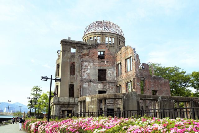 Hiroshima, known as the microcosm of Japan, is one of the few rare prefectures where you can experience a unique climate and geography. There are also many famous tourist attractions in Hiroshima. Here are 9 such spots!