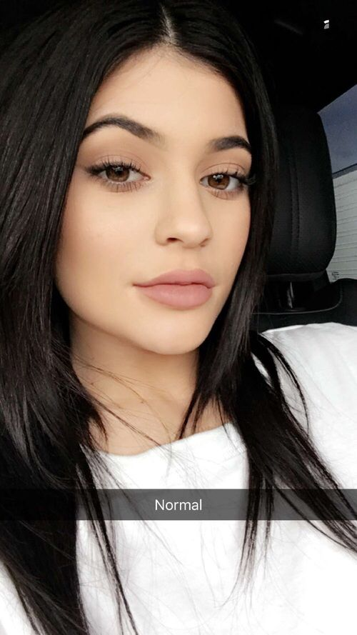 Kylie Jenner Like what you see⁉ Follow me on Pinterest ✨: @NisforNaja