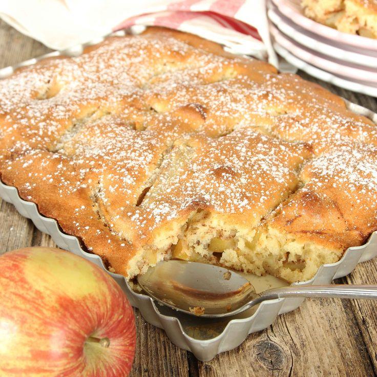 Superenkel, saftig och ljuvligt god äppelkaka.