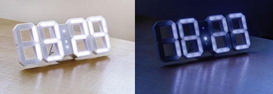 """Wall Digital LED Clock  Coup de coeur pour cette horloge """"White & White"""" designé par Vadim Kibardin : une interprétation moderne en trois dimensions sur l'horloge digitale classique."""