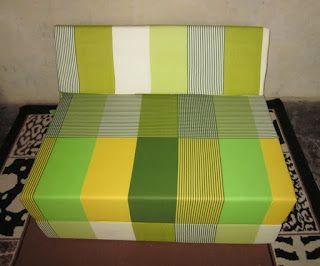 Selain peran fungsional furnitur , jual sofa bed murah kasur busa itu dapat melayani tujuan simbolis atau agama . Hal ini dapat dibuat dari berbagai bahan , termasuk logam , plastik , dan kayu . Furniture dapat dibuat menggunakan berbagai sendi woodworking yang sering mencerminkan budaya lokal