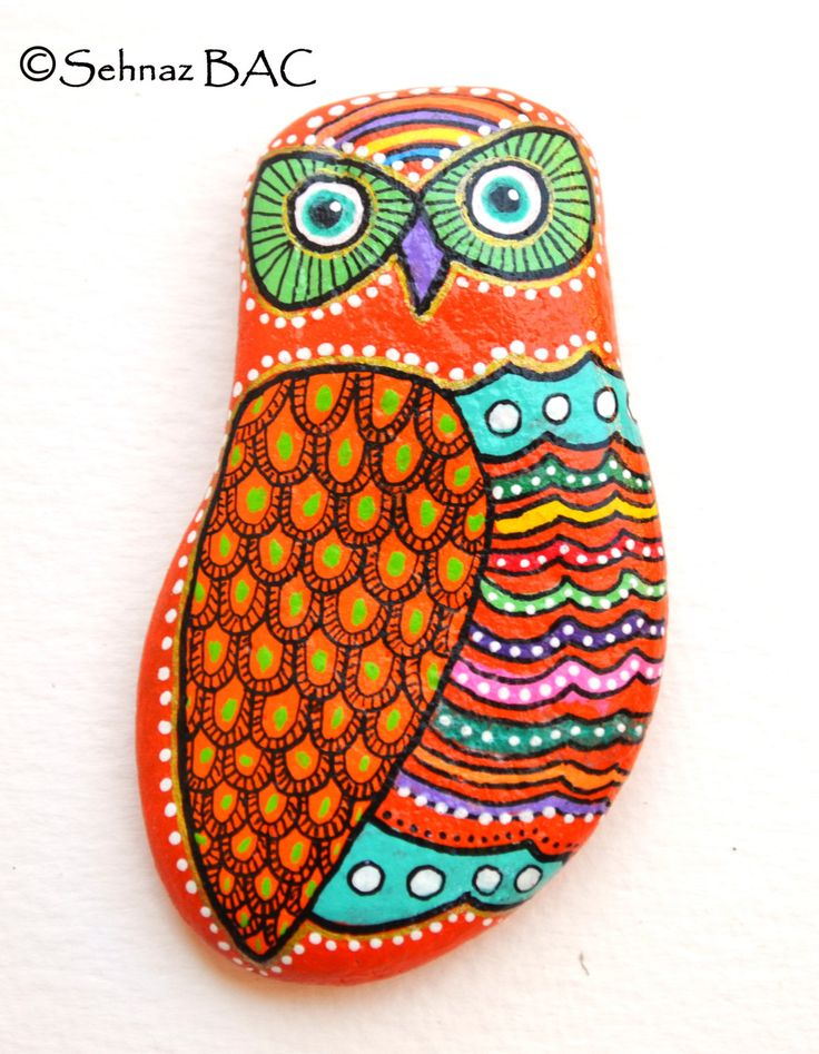 Hand Painted Stone Owl / Gufo Dipinto a di ISassiDellAdriatico