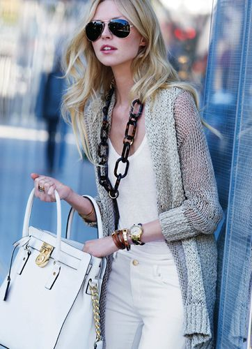 Michael Kors Hamilton Vanilla - Love this handbag!!!
