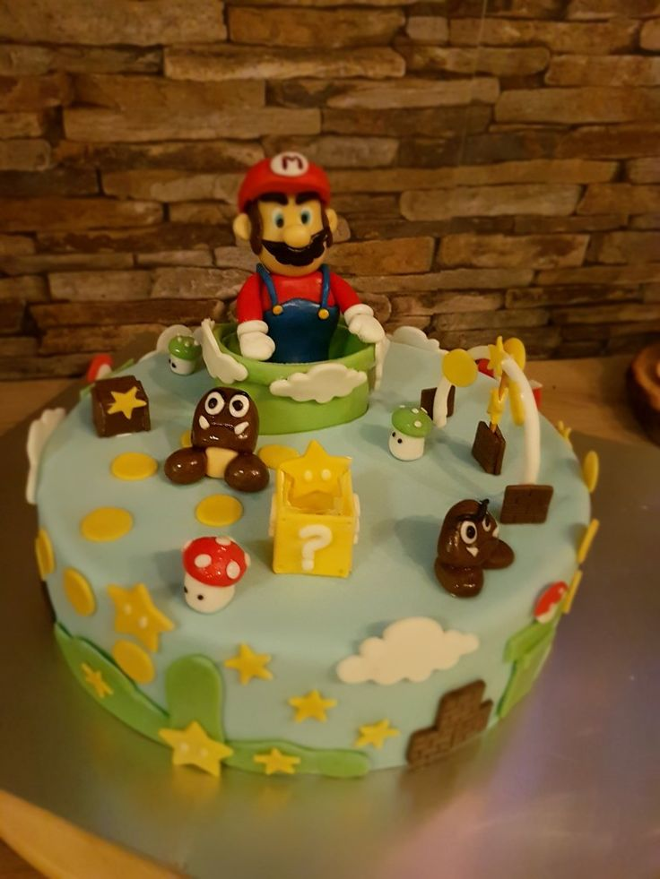 die besten 25 super mario torte ideen auf pinterest super mario kuchen mario bros kuchen und. Black Bedroom Furniture Sets. Home Design Ideas