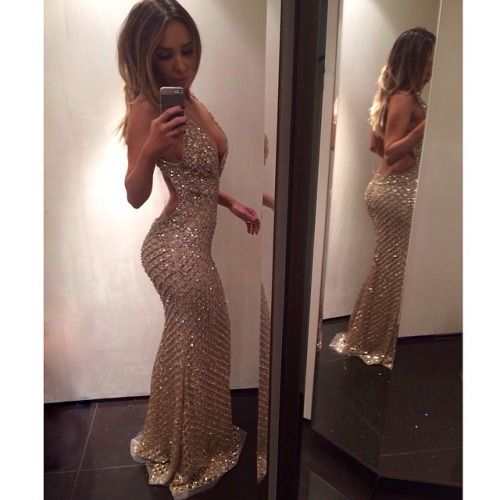 1000  ideas about Tight Prom Dresses on Pinterest | Long tight ...