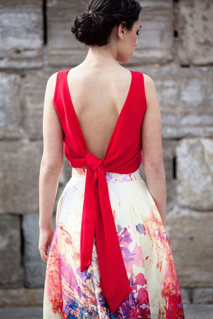 top crop rojo con escote y lazada en la espalda de invitada de boda fiesta evento bautizo comunion graduacion de primavera verano en…
