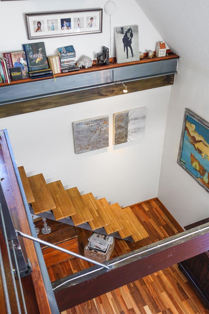 öppen trapp utan räcke - snyggt!