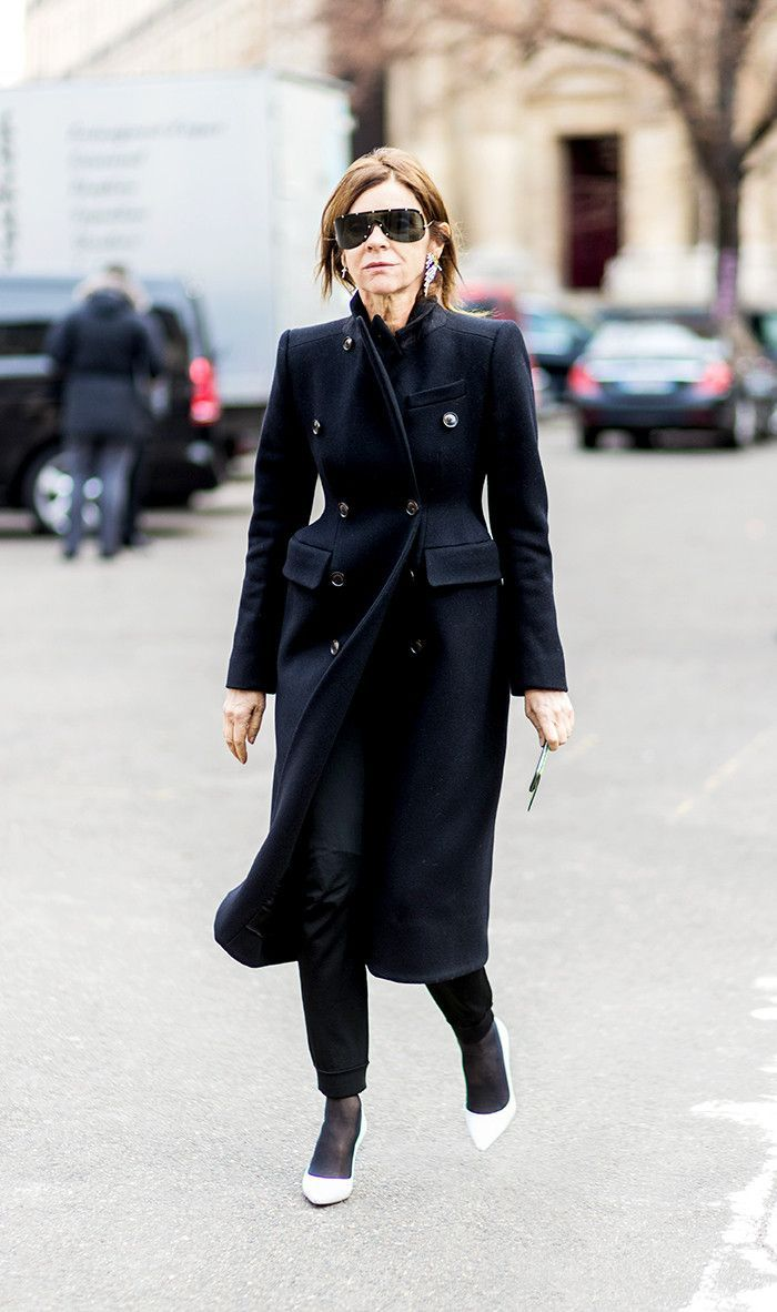 Strong, structured #style puts  Carine Roitfeld in league of her own. Get 40+ #style support at www.WorkingLook.com #maturista