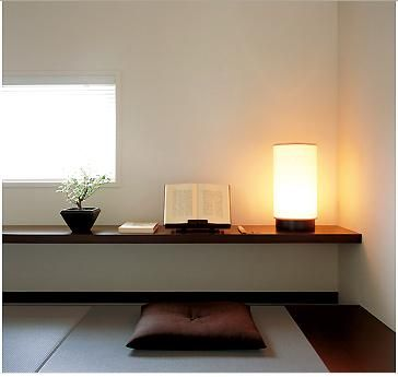 和室にローテーブルつけるイメージ。Off the Hinge | meditation spaces are restorative and so simple to create in a nook you already have | Bayer Built Woodworks, Inc.