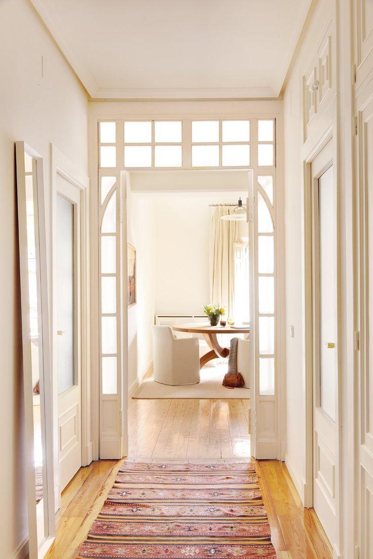 Acorta visualmente para evitar el efecto t nel del pasillo - Fotos de pasillos decorados ...