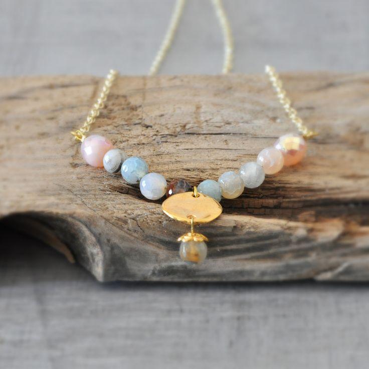 Minimal Gemstone Necklace,  Beaded Agate Necklace,  Boho Gold Neklace,  Free Shipping by stellacreations on Etsy