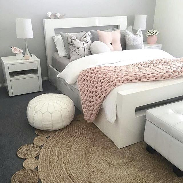 31 Schone Schlafzimmerdekorationsideen Fur Ein Junges Madchen Alles Ist Da Teenage Bedroom Furniture Comfy Bedroom Pink Bedroom Design