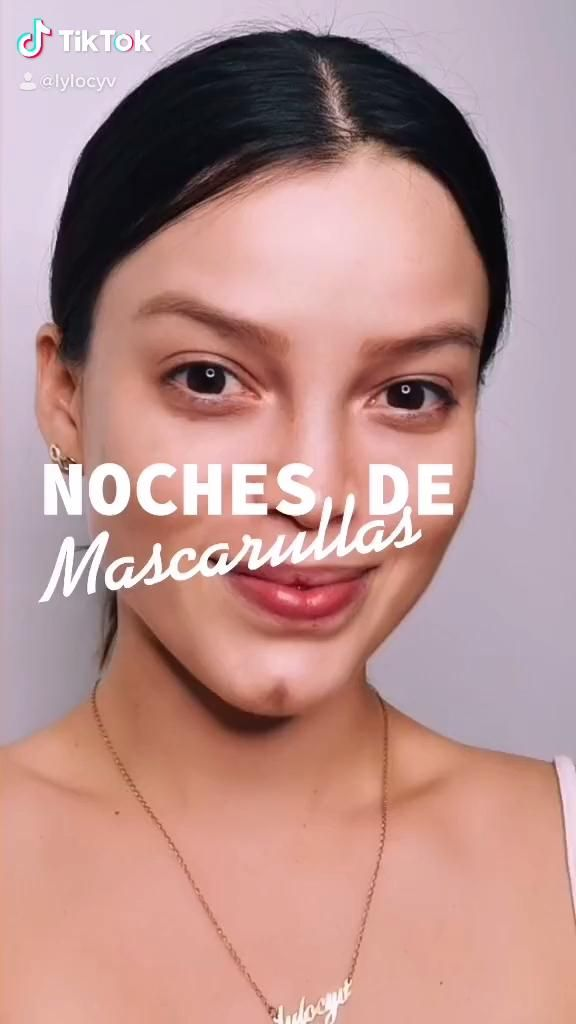 Mascarillas de barro, mascarillas. Beauty Hacks Lips, Beauty Skin, Facial Care, Tips Belleza, Makeup Videos, Blue Hair, Halloween Makeup, Make Up, Skin Care