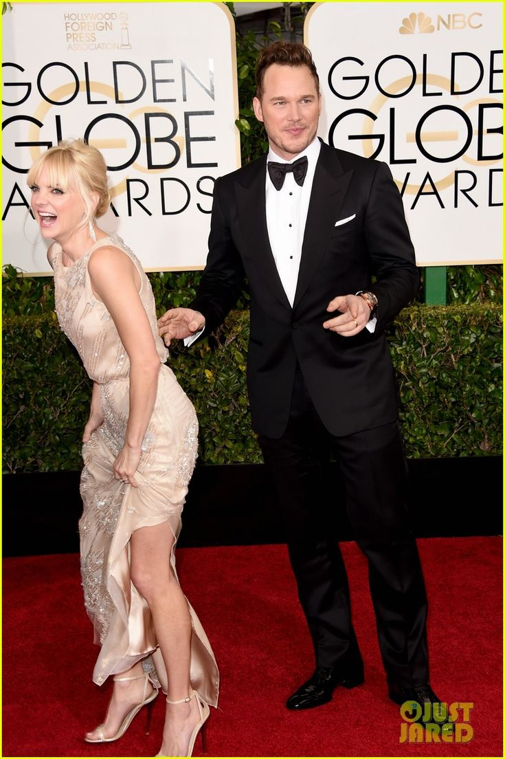 chris pratt anna faris golden globes 2015 red carpet 01 Chris Pratt and his wife Anna Faris look like they're having a lot of laughs together on the red carpet at the 2015 Golden Globe Awards held at the Beverly Hilton…