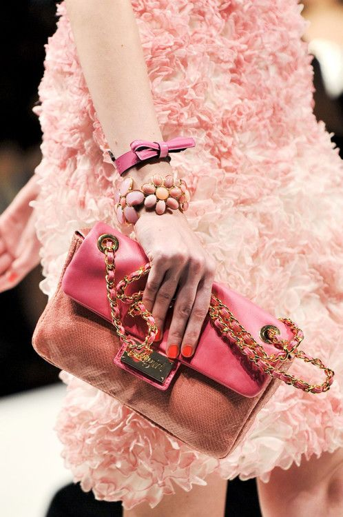 Blugirl Spring 2012Bags Colors, Pink Clutches, Pink 2012, 2012 Details, Spring Pink, Clutches Bags, Blugirl Spring, Luxury Handbags, Spring 2012