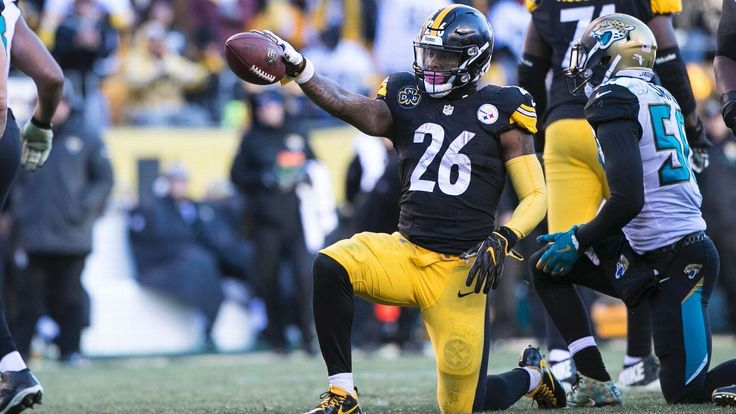 Steelers running back Le'Veon Bell told ESPN he is again getting the franchise tag and won't sign a long-term deal for less than $14.5 million per year.