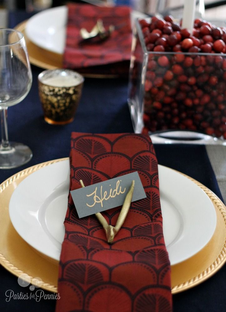 Cranberry, Navy and Gold Holiday Tablescape - Parties for PenniesParties for Pennies