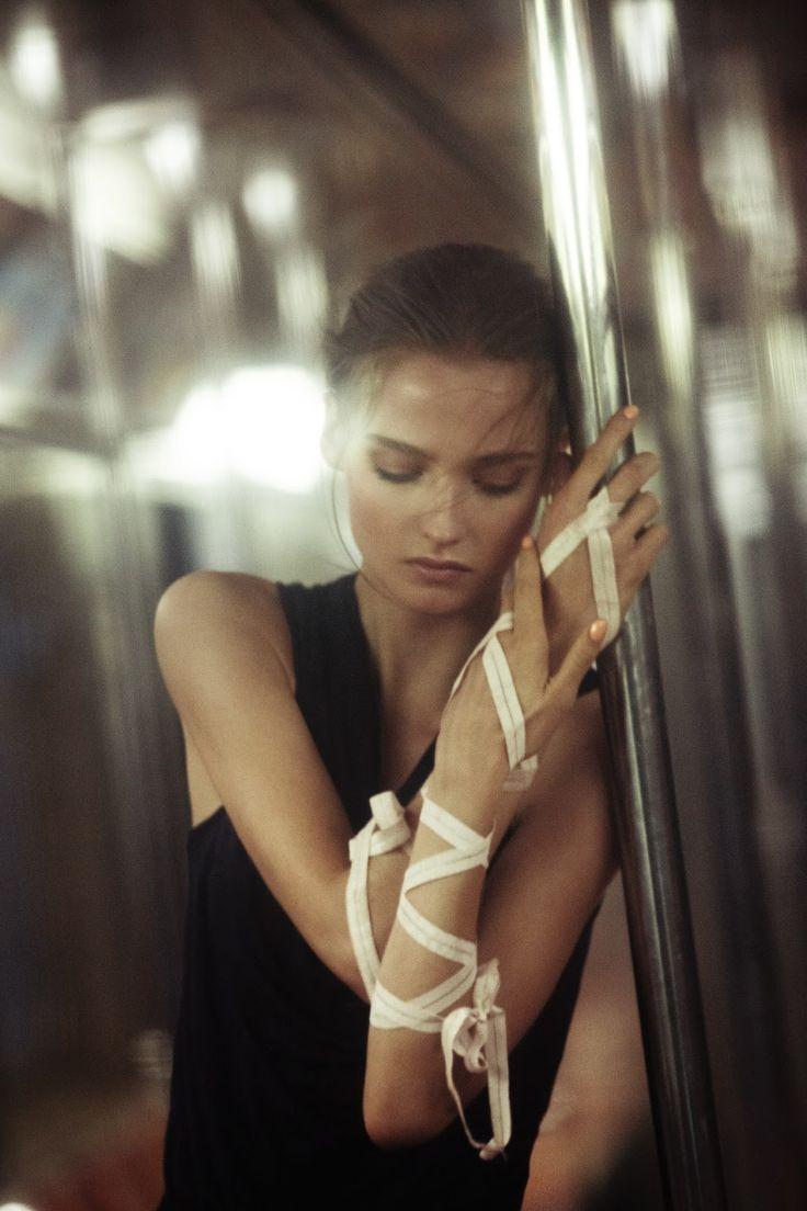 subway ballet: amanda norgaard by marco trunz for kurv magazine spring/summer 2013 | visual optimism; fashion editorials, shows, campaigns & more!