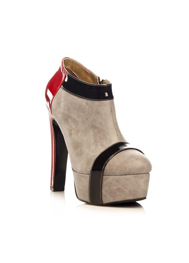 MISASHOES Bot Markafoni'de 209,99 TL yerine 69,99 TL! Satın almak için: http://www.markafoni.com/product/5652226/ #ayakkabi #cizme #bot #topukluayakkabi #moda #markafoni #shoes #shoesoftheday #booties #instashoes #fashion #style #stylish
