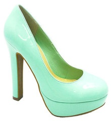 "**Coupon Code!** These darling shoes are only $36.60, PLUS get 10% off your entire order & FREE shipping with discount code ""SAVE10"" at checkout! #shoes: Hot Shoes, Green Color, Dream Closet, Shoes Heels Pumps, Mint Pumps, High Heels, Pump High, Shoes Shoes"