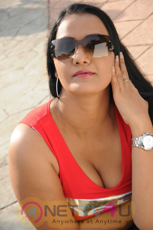 Sorry, that Hema telugu side actress nude