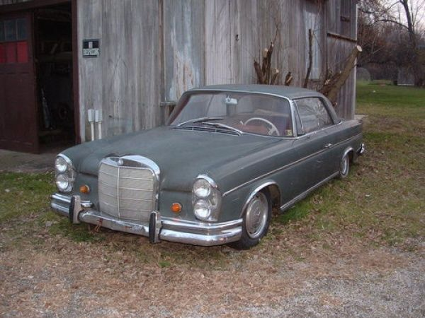 autobahn star 1965 mercedes 300se barn finds pinterest barn finds cars and find cars. Black Bedroom Furniture Sets. Home Design Ideas