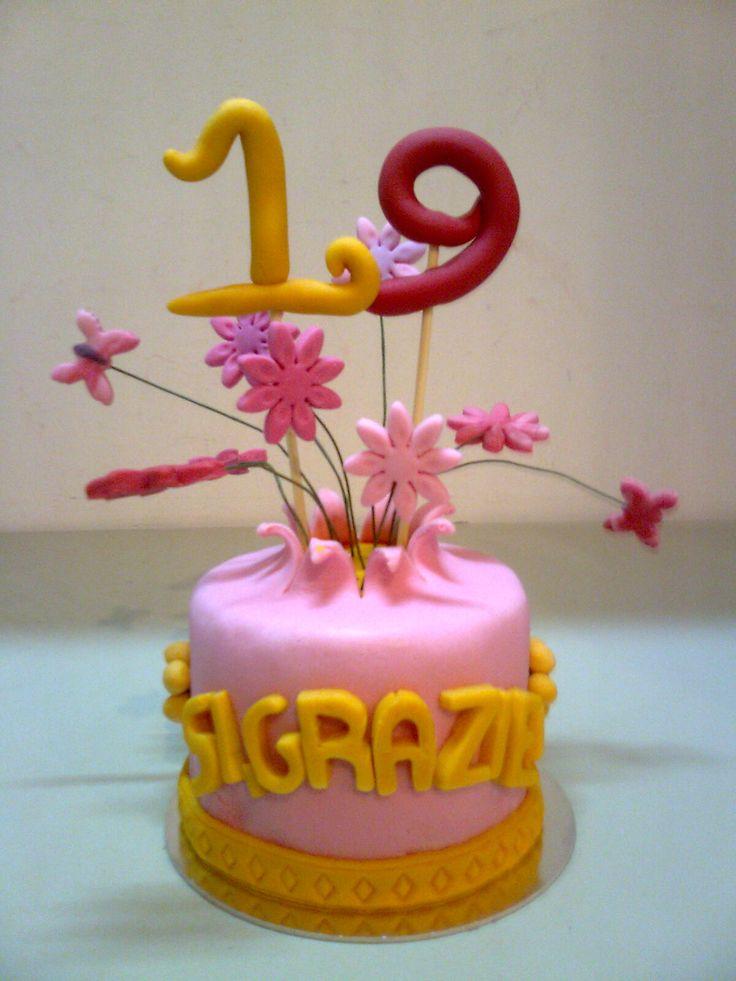 Topper Torta 19esimo Compleanno Sì, grazie!  Giugno 2015