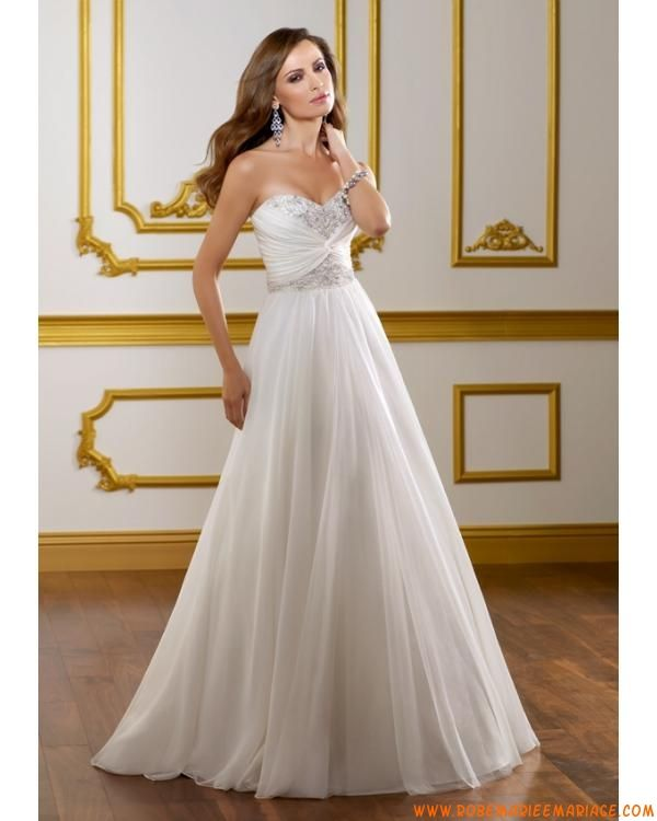 Robe blanche pas cher 2012 avec traîne broderie robe de mariée mousseline