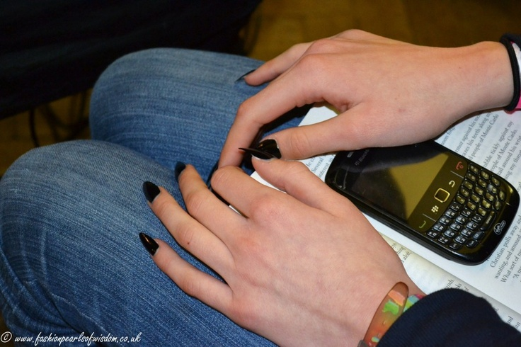 Talon nails at Fashion Scout