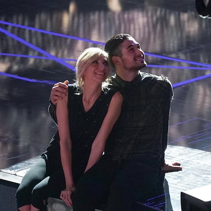 'Dancing with the Stars' eliminates Debbie Gibson and partner Alan Bersten Frankie Muniz tops leaderboard Dancing with the Stars eliminated Debbie Gibson and her professional partner Alan Bersten during Tuesday night's broadcast of the series' 25th season on ABC. #DWTS #DancingWiththeStars