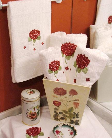 Cortinas De Baño Bordadas A Maquina:Juegos de toalla toallon y toalla de piso hortensias bordadas