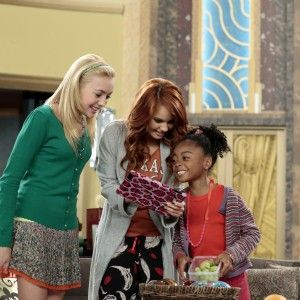 There I am!! I love playing Emma on Jessie!!