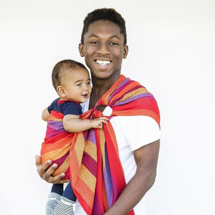 Hug a Bub Organic Cotton Mesh Ring Slings... a summer time favorite designed with Australias warm climate in mind. Quick and easy to put on and off comfortable and stylish!  . .  @hugabub.carriers