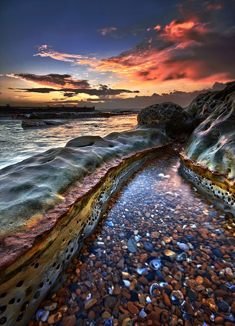 Colourful sunris, Bexhill-on-Sea, East Sussex, England