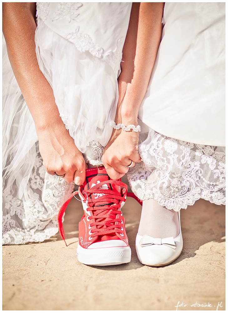 wedding sneakers :) Wedding Photography / fotografia ślubna