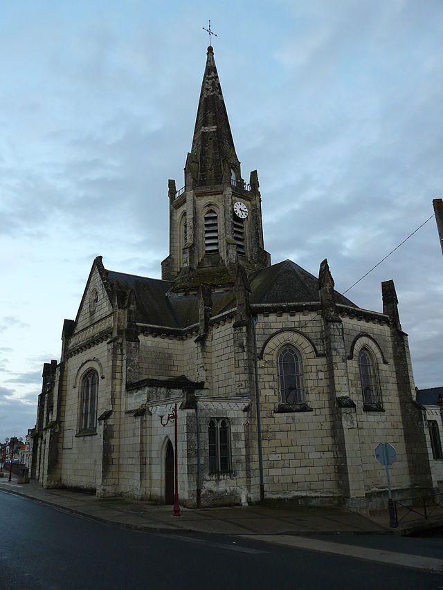 L'église de Bréhémont.