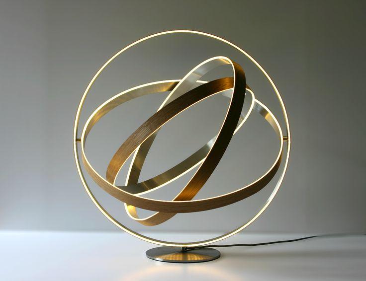 B612 by Henri Bursztyn - LED, bois and metal. Dia. 51cm