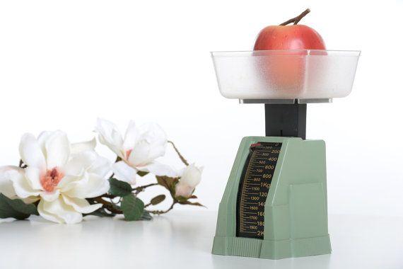 Balanza de cocina Ormen vintage retro 2 kg. por Brocantebcn en Etsy