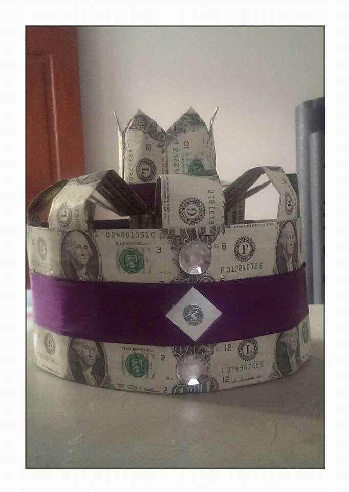 Guy Money Crown | Money Crowns & Tuigas | Creative money ...