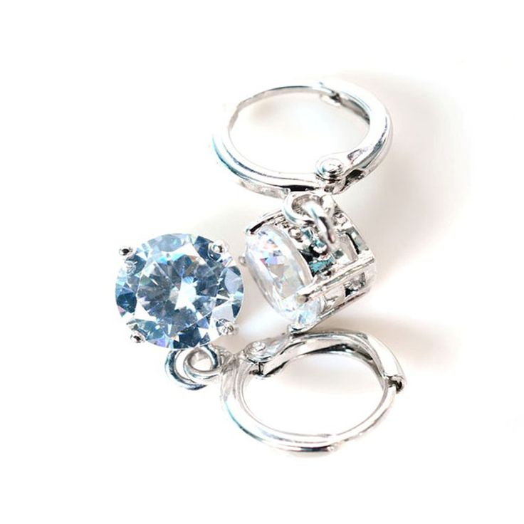 Visit this site http://dubaiwholesalediamonds.com/ for more information on Diamond Jewellery Dubai. Jewelry enjoys the most important function when it comes to making preparations for the wedding. Its significance becomes many manifold when attached with the wedding occasion because it is not the jewels only rather a lovely association with a whole new set of commitments including love and faithfulness. Follow Us : http://diamondjewellerydubai.blogspot.com