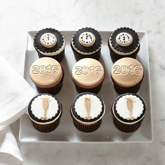 【2016年】 Happy New Year Cupcakes, Set of 9