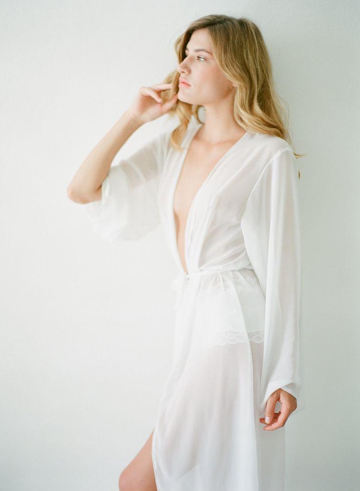 Gown wrap for a destination wedding boudoir session http://bit.ly/2dYCNi7