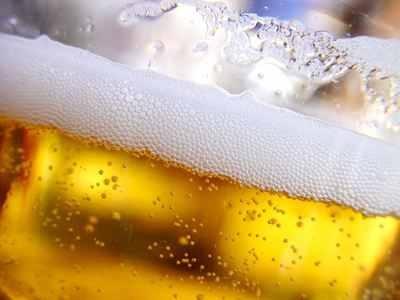 Μπίρα και ελληνικότητα… «εις τον αφρόν»