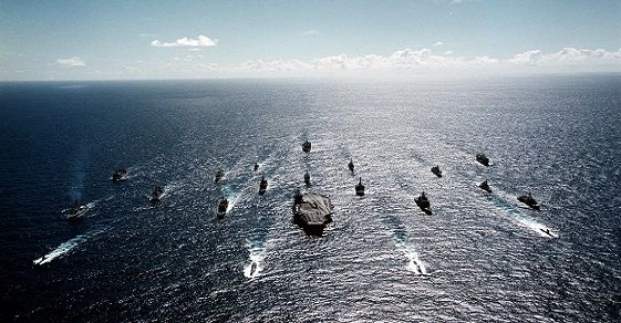 The U.S. Navy Just Announced The End Of Big Oil And No One Noticed | Addicting Info | A viable technology now exists that will break Big Oil's stranglehold hold on America and no one is talking about it? Your corporate media hard at work. Click to read and share full article. 11/24