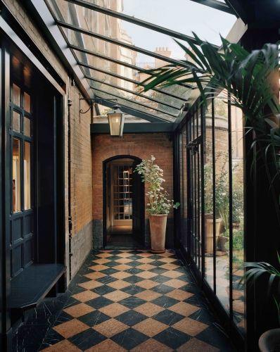Studio Ko - 7 rue geoffroy l'angevin 75004 paris france - tel : 33 (0)1 42 71 13 92                                                                                                                                                                                 More
