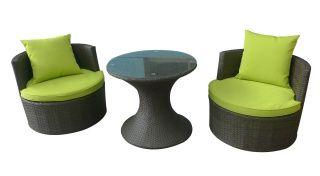 http://belladiva.org/scaune-fotolii-si-sezlonguri-ieftine-pentru-gradina-si-curte-seturi-de-mobilier/