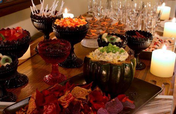 25 best ideas about halloween buffet on pinterest halloween buffet table halloween party. Black Bedroom Furniture Sets. Home Design Ideas