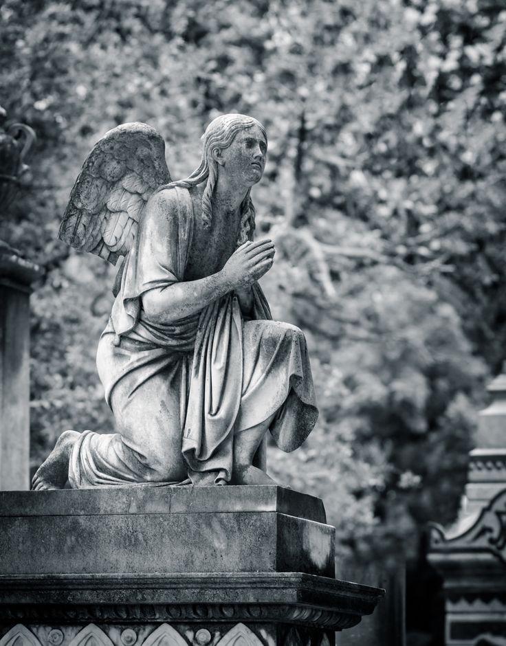 Rest In Peace - Angel headstone Покойся с миром
