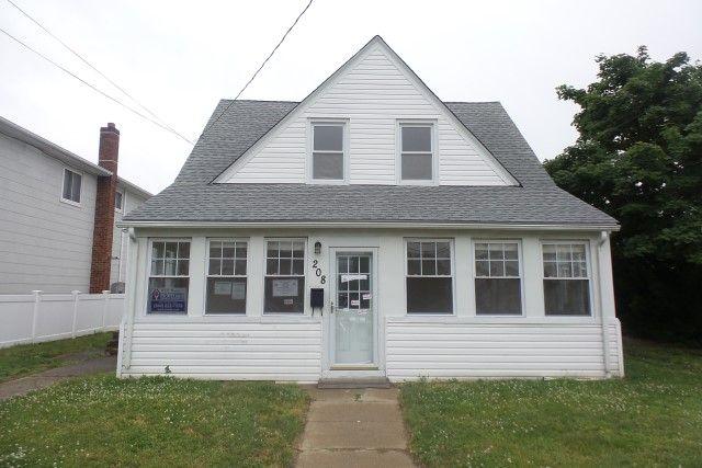 HUD REO Property East Rockaway, NY, 11518 Nassau County